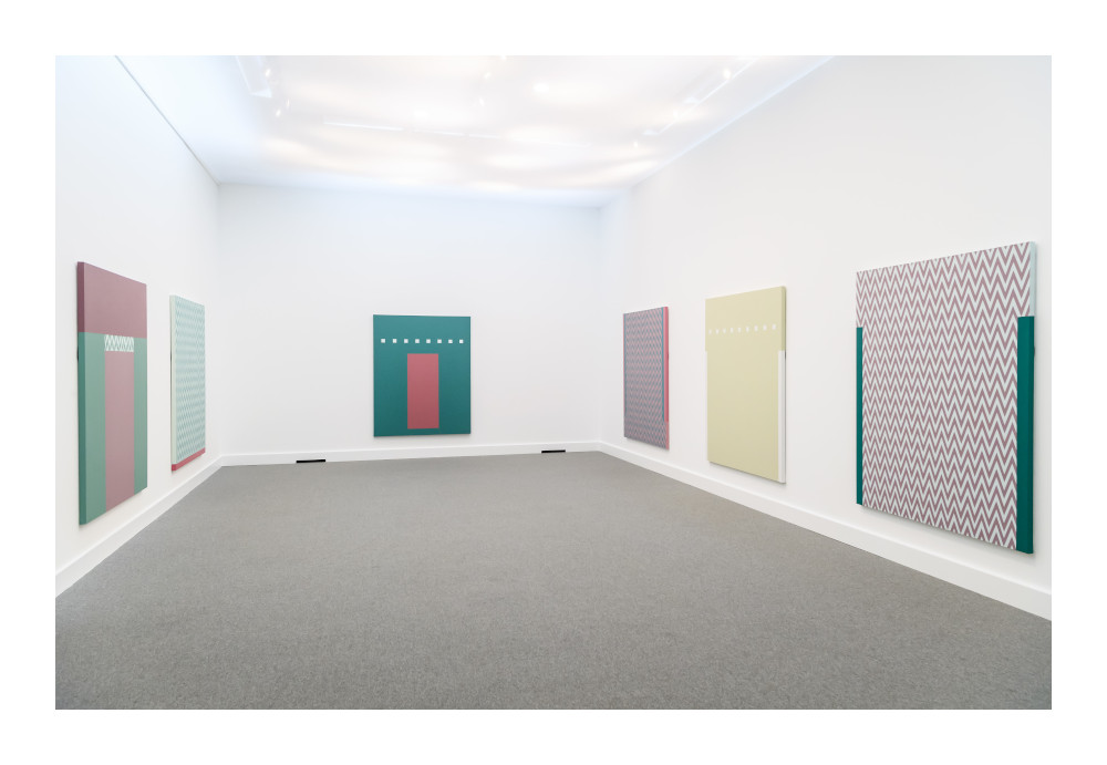 Tess Jaray, From Outside (installation view), 2019 © Tess Jaray, 2019. All rights reserved. Courtesy of Karsten Schubert, London.